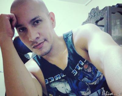 YAIROS, 28 – Live Adult gay and Sex Chat on Livex-cams