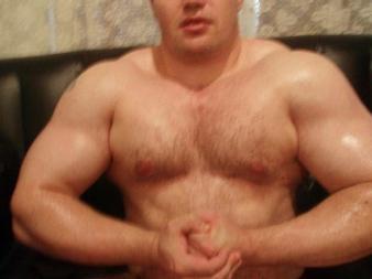 MuscularGuyXXX